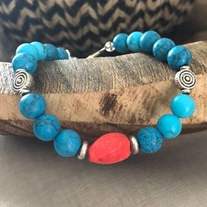 Jewelry - Gorgeous turquoise and red beaded bracelet